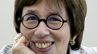Photo of Linda Greenhouse