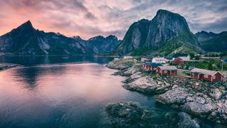 Mountain lake view of Norway village