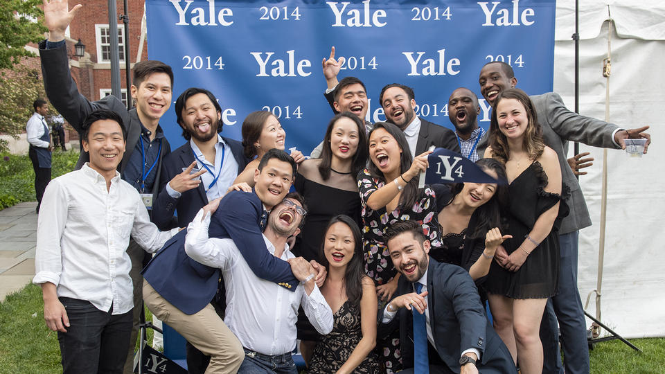 Members of the Class of 2014 gather for a photo during the 2019 Yale College reunions.