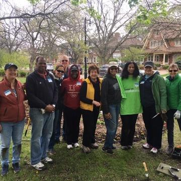 Yale Club of Michigan members gather during the 2019 Yale Day of Service.